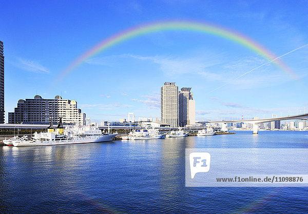 Rainbow Bridge and rainbow  Minato ward  Tokyo Prefecture  Honshu  Japan