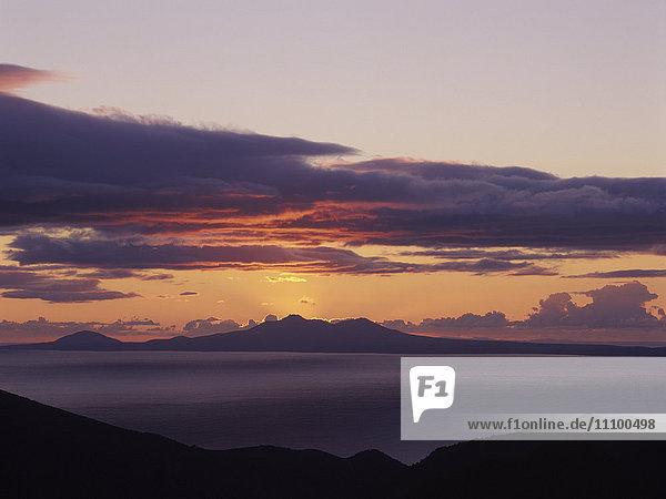Sunrise Kunashiri  Seen from Shiretoko Peak