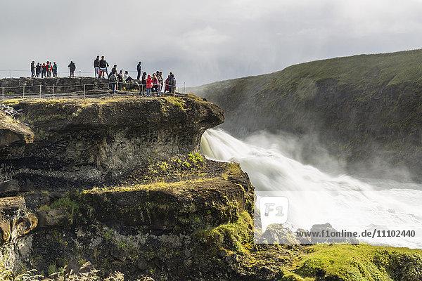 Tourist Fluss Besuch Treffen trifft Wasserfall Süden Entdeckung Gullfoss Hvítá Schlucht Island