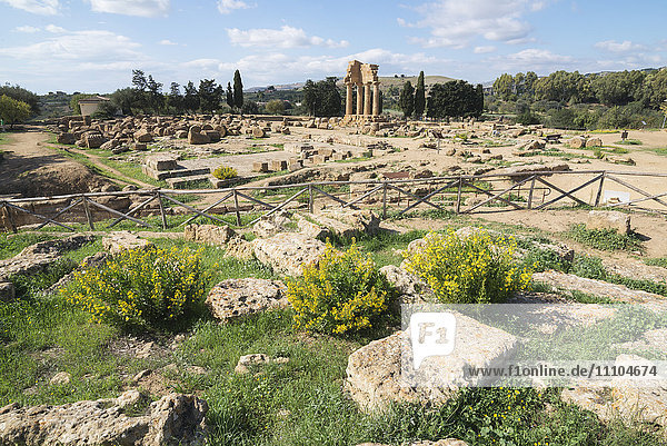 Temple of Castor  Valley of the Temples  Agrigento  UNESCO World Heritage Site  Sicily  Italy  Europe