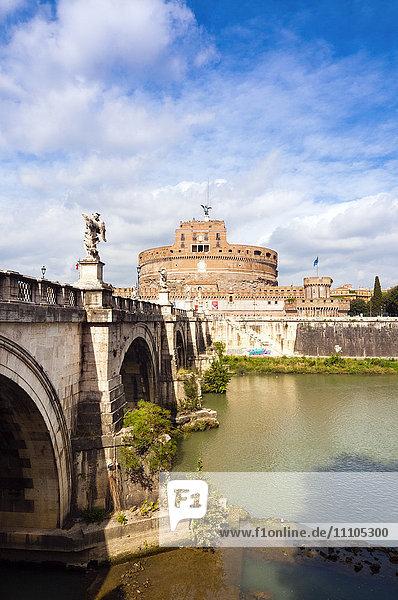 Mausoleum of Hadrian known as Castel Sant'Angelo  Ponte Sant'Angelo  Tiber River  Unesco World Heritage Site  Rome  Latium  Italy  Europe
