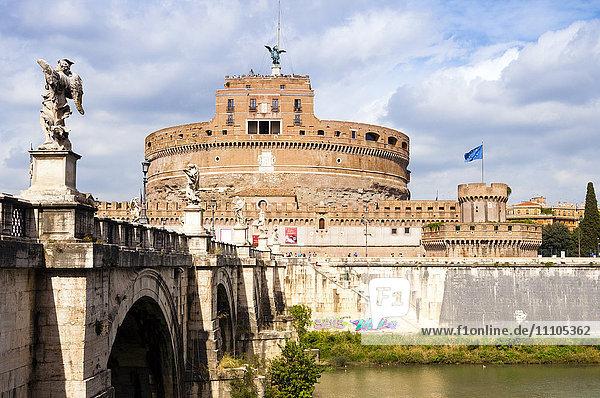 Castel Sant'Angelo  Ponte Sant'Angelo and Tiber River  UNESCO World Heritage Site  Rome  Lazio  Italy  Europe