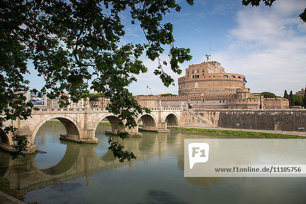 River Tiber and Castel Sant' Angelo  UNESCO World Heritage Site  Rome  Lazio  Italy  Europe