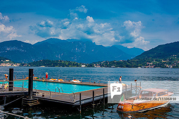 Floating Pool at Grand Hotel Tremezzo  Lake Como  Lombardy  Italy  Europe
