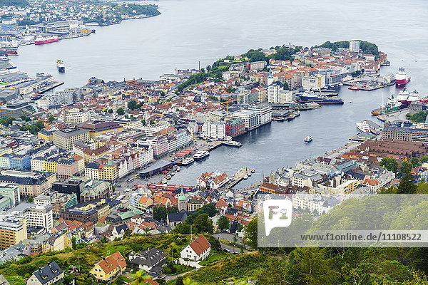 View over the city from Mount Floyen  Bergen  Norway  Scandinavia  Europe