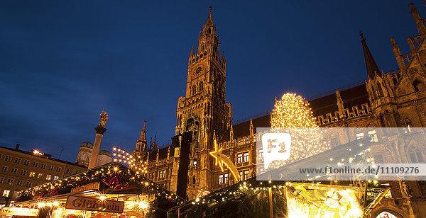 Weihnachtsmarkt  München  Bayern  Deutschland  Europa