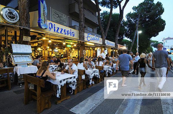 Europe   Italy   Emilia Romagna   Pizzeria Restaurant in Riccione