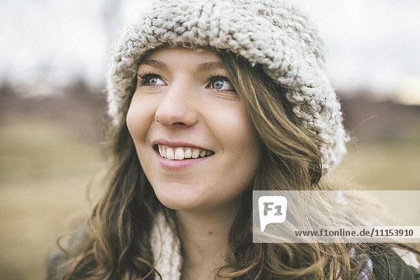 Caucasian woman wearing knitted cap
