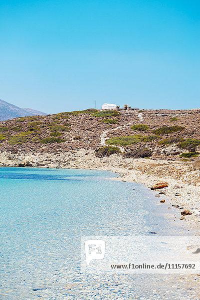 Griechenland  Kykladen  Amorgos  Eooden Dock und Ägäis auf der Insel Nikouria