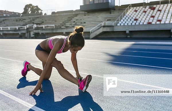 Aufwärmen des Athleten für das Training