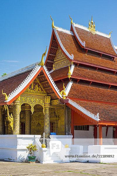 Wat Mai Suwannaphumaham buddhist temple  Luang Prabang  Louangphabang Province  Laos
