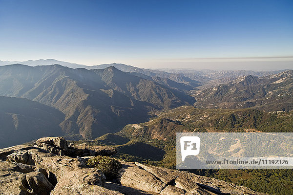 USA  California  King's Canyon National Park  Sierra Nevada from Moro Rock