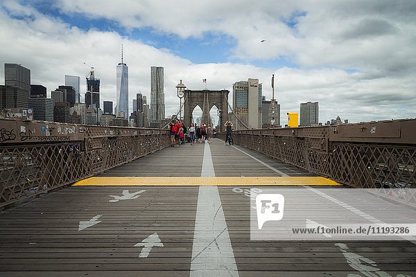 USA  New York City  pedestrian walkway and bicycle lane on Brooklyn Bridge