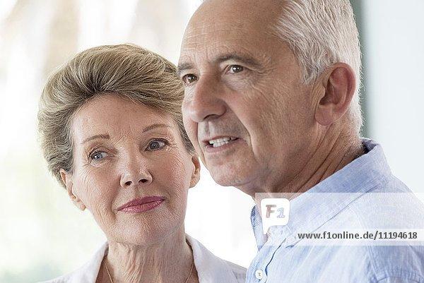 Portrait von glücklichen Senior Paar