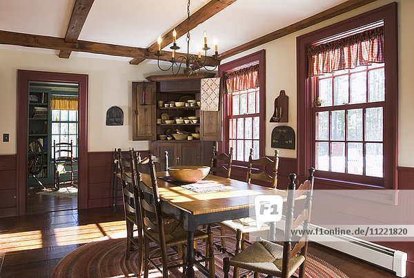 Dining room in colonial style home