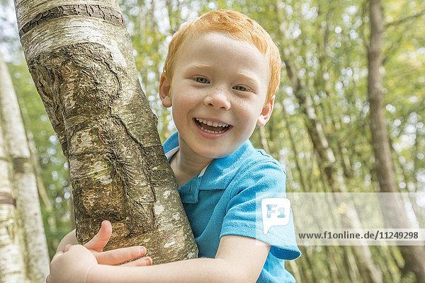 Portrait of smiling boy (2-3)