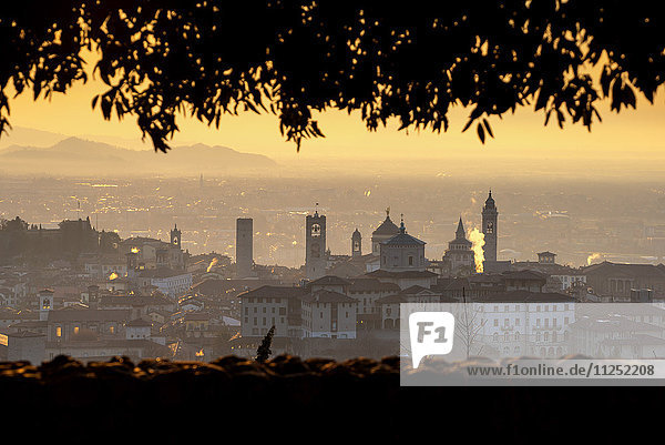 Europe  Italy  city of Bergamo at dawn  province of Bergamo.