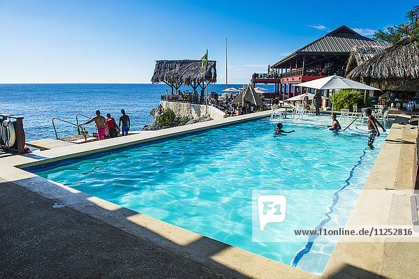 Swimming pool in Ricks Cafe  Negril  Jamaica  West Indies  Caribbean  Central America