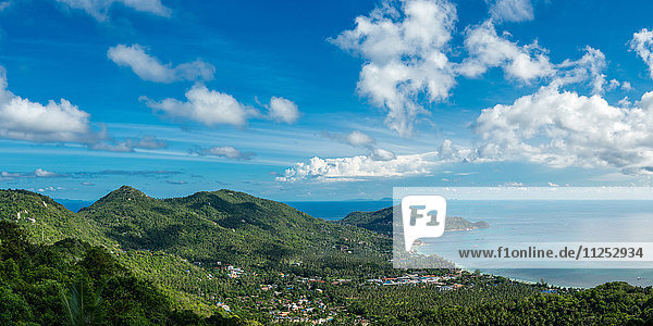 Panoramic view from the highest peak on the island of Koh Tao  Thailand  Southeast Asia  Asia