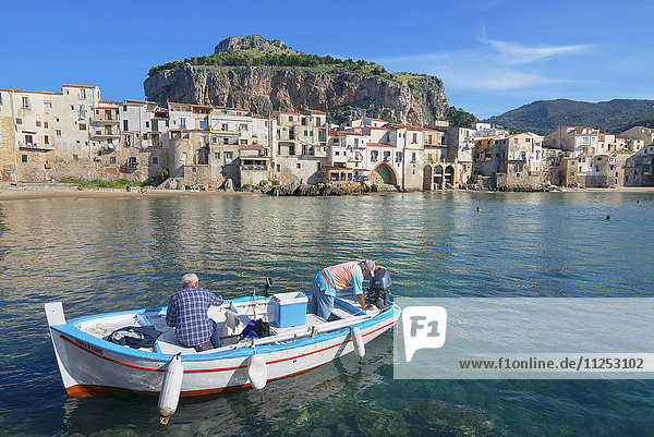 Old town  Cefalu  Sicily  Italy  Mediterranean  Europe
