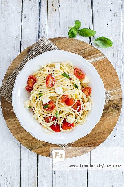 Pasta alla checca mit rohen Tomaten (Italien)