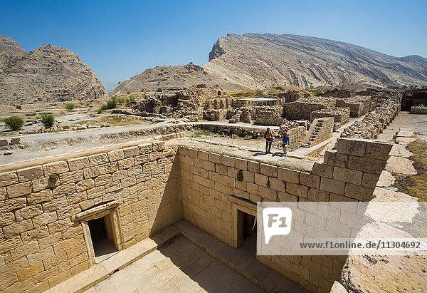 Iran  Ruins of Bishapur City  The water pool