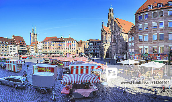 Germany  Nuremberg  view to main market with market stalls
