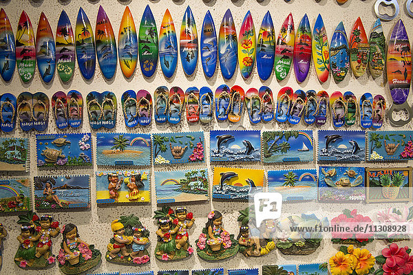 Maui  souvenirs  USA  Hawaii  America  surfboards  pictures  kitsch