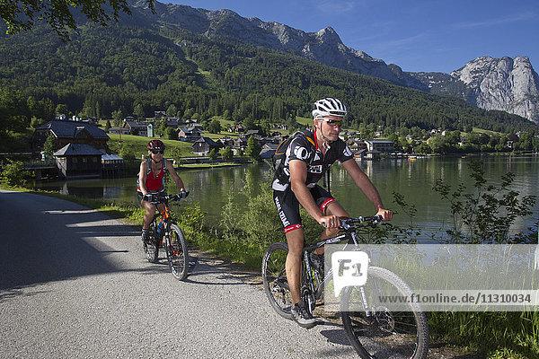 Bike  bicycle  scenery  Salzburg  Austria  helmet  bike  summer  lake  Aussee  sport  rest  fun  action  helmet  joy  couple  man  woman