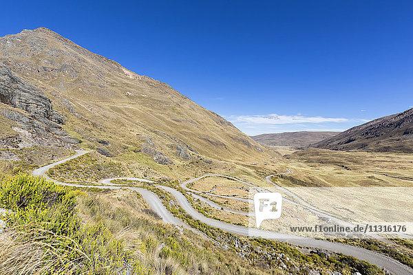 Peru  Anden  Cordillera Blanca  Huascaran Nationalpark  Serpentinenstraße auf dem Weg zum Pastoruri Gletscher