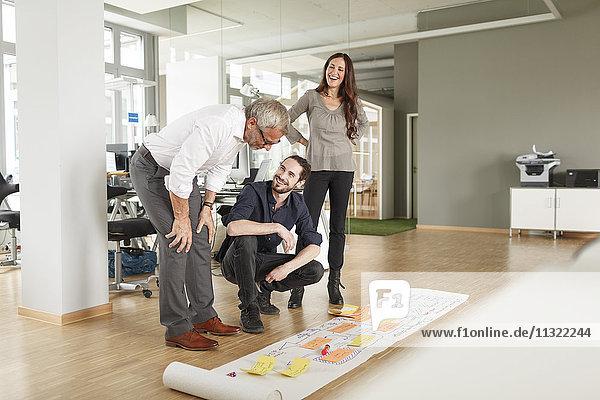 Kreatives  professionelles Präsentationsprojekt im modernen Büro