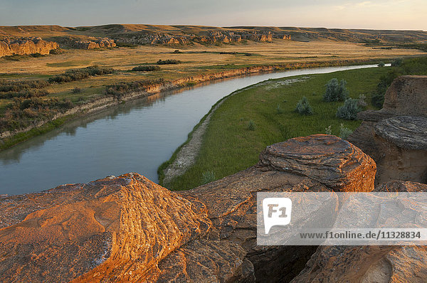 Writing on Stone Provincial Park  Milk river