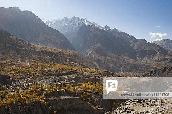 Dramatic Himalayas landscape in the Skardu valley  Gilgit-Baltistan  Pakistan  Asia