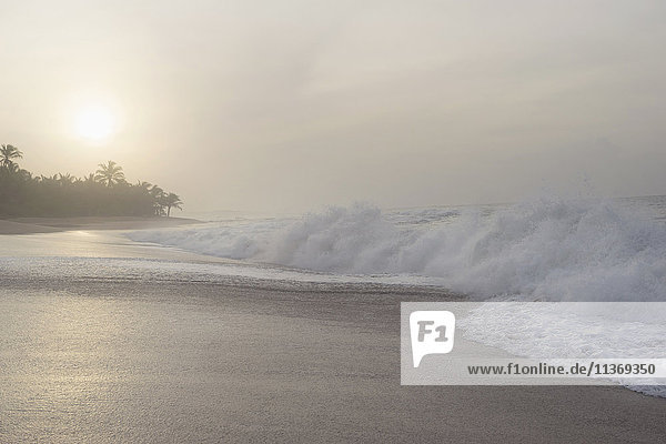 Tides on the beach  Tangalle  South Province  Sri Lanka