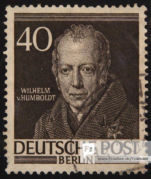 Wilhelm von Humboldt  ein preußischer Philosoph  Porträt auf einer deutschen Briefmarke 1952