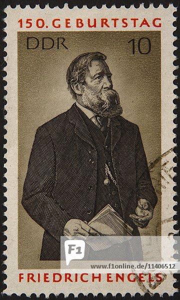 Deutsche Briefmarke  DDR  Porträt des Philosophen Friedrich Engels