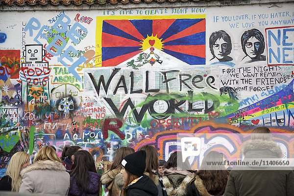 John Lennon Wall  Prag  Tschechien  Europa