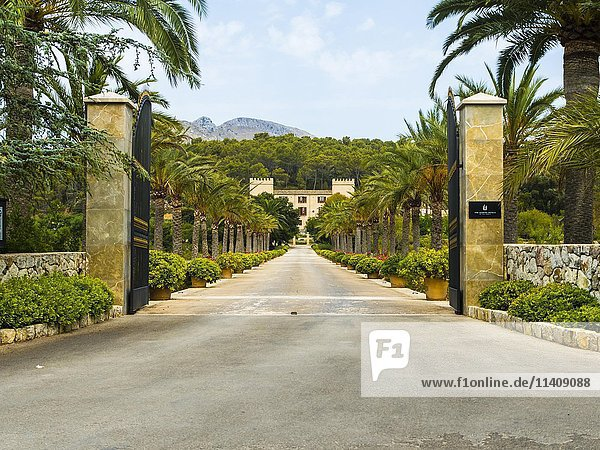 Hotel Castell Son Claret mit Sternelokal Zaranda  Es Capdellá  Mallorca  Spanien  Europa