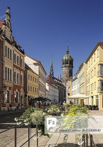 Schlosskirche zu Wittenberg  Unesco-Weltkulturerbe  von Schlossstraße aus gesehen  Lutherstadt Wittenberg  Sachsen-Anhalt  Deutschland  Europa