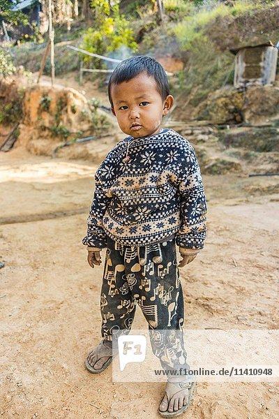 Little boy  Palaung hilltribe  Palaung Village in Kyaukme  Shan State  Myanmar  Asia