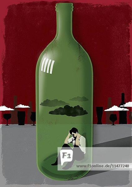 Mann in einer Weinflasche