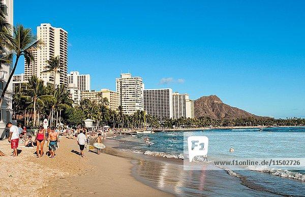 Famous Waikiki Beach with Diamond Head in Honolulu Hawaii in Oahu