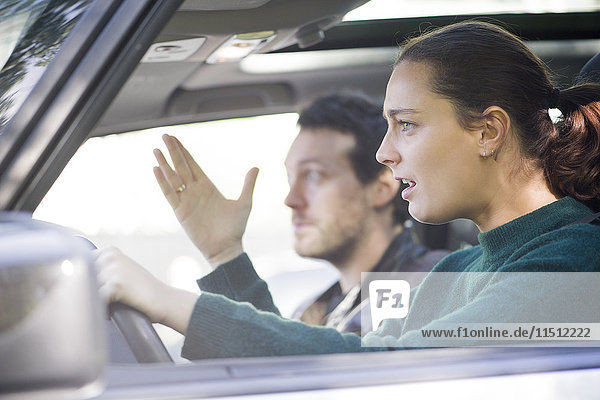 Fahrer frustriert vom Verkehr