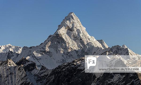 Nepal  Himalaya  Khumbu  Everest-Region  Ama Dablam