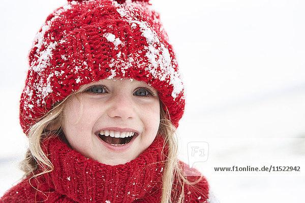 Little girl having fun in winter  portrait