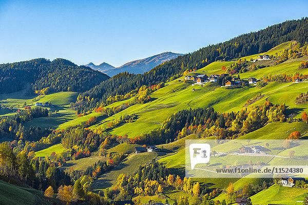 Italien  Südtirol  Funes-Tal im Herbst