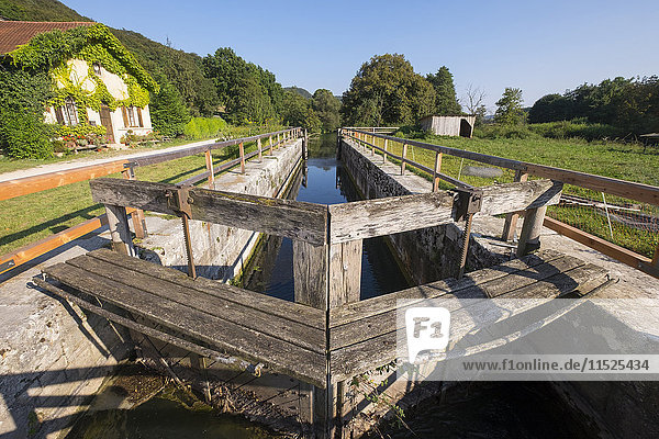 Germany  Bavaria  lock house and sluice at Ludwig Canal near Dietfurt