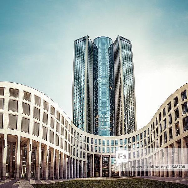 Deutschland  Frankfurt  Blick auf Tower 185