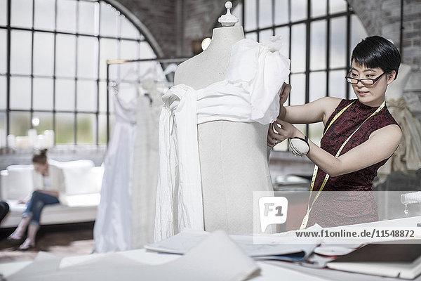 Hochzeitskleid Designer arbeiten  Kleid Form
