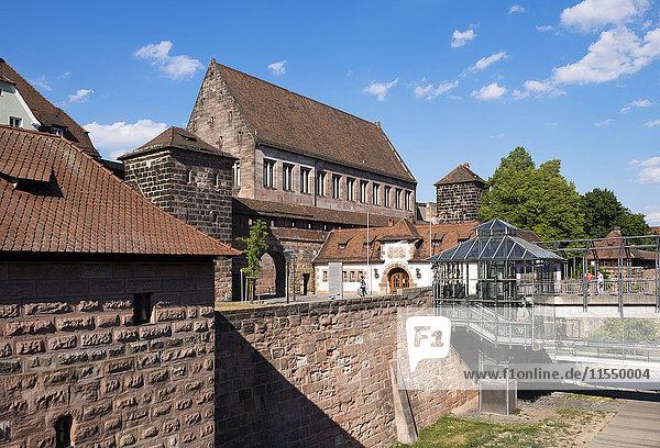 Deutschland  Nürnberg  Lorenz Altstadt  Stadtmauer und Kartäusertor
